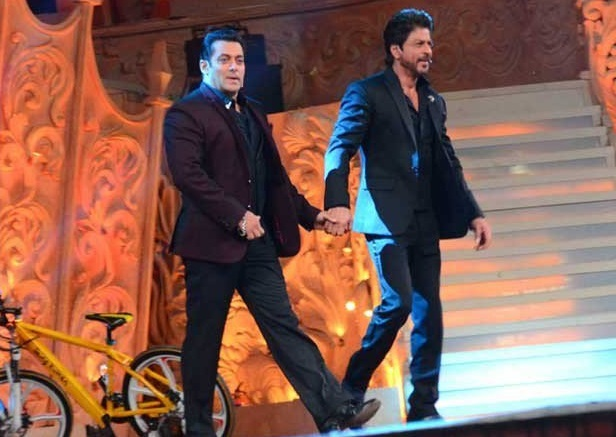 shahrukh declareing salman brother