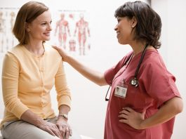 woman discuss health issue